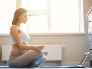 Yoga in gravidanza anche in pandemia